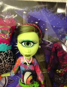Iris Clops I Heart Fashion Monster High Doll #Monsterhigh #MH