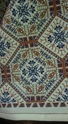 Cross Stitching, Cross Stitch Embroidery, Embroidery Patterns, Cross Stitch Designs, Cross Stitch Patterns, Palestinian Embroidery, Cross Stitch Pillow, Needlepoint Designs, Blackwork