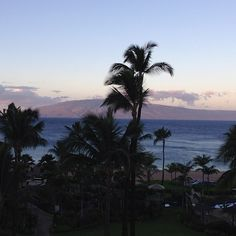 Mahalo @bta7 for the morning view of Lanai from @Sheraton Maui!