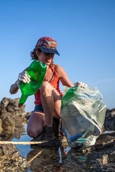 """On Earth Day, Turn Your Jog Into a """"Plog"""" by Picking Up Trash Along the Way Beach Clean Up, Pick Up Trash, Question Of The Day, Hopes And Dreams, Community Service, People Photography, Infp, Earth Day, Burn Calories"""