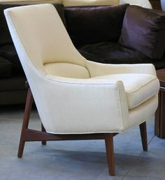 I would love one of these...Jens Risom chair.