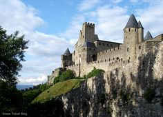 Сite de Сarcassonne, Languedoc, France. The history of Carcassonne is closely tied to the hunt for the Holy Grail, and the tragic destiny of the powerful Order of the Temple. I'd like to be the new Dan Brown to tell you this story as it ought to be told. France is a country steeped in legends, but the most unusual of its provinces is Languedoc, and the medieval fortress of Сarcassonne with its castle is the heart of Languedoc. www.victortravelblog.com/2013/04/30/cite-de-carcassonne/