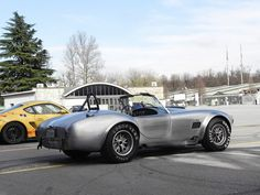 AC Cobra 427 Replica  Facebook Page    Youtube Channel   Instagram