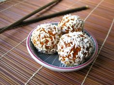 This raw and vegan dessert is sweet, decadent, delicious, and amazing. This is carrot cake in a bite-sized ball. Easy to make, totally healthy, sugar-free and gluten-free, I now have a healthy after dinner dessert that satisfies my sweet tooth in just the right way.