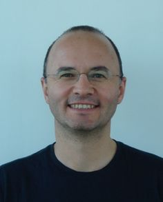 Umut Acar a grandi en Turquie, avant de prendre le chemin des Etats-Unis pour y étudier le parallélisme informatique*. Aujourd'hui, à 39 ans, il partage son temps entre ses activités d'enseignement à l'Université Carnegie Mellon, à Pittsburgh, et un projet de recherche chez Inria, financé par l'European Research Council.