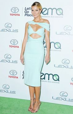 Gwyneth Paltrow wears a pale blue Cushnie et Ochs cutout dress