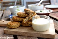La recette des falafels expliquée pas à pas. Le rendu est génialissime : hyper bon et c'est tellement facile à faire !