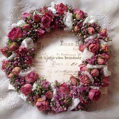 My homemade wreath.....