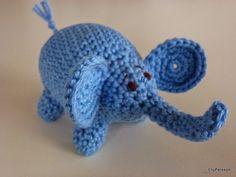 Crochet Animals, Crochet Toys, Knit Crochet, Crochet Elephant, Pet Toys, Dinosaur Stuffed Animal, Stuffed Animals, Free Pattern, Diy And Crafts