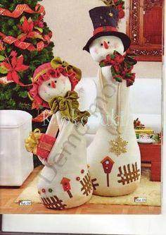 another great find on zulily flower snowmen couple figurine by ziabella zulilyfinds - PIPicStats Easy Christmas Ornaments, Felt Christmas, Christmas Snowman, Simple Christmas, Christmas Projects, Beautiful Christmas, Christmas Holidays, Christmas Decorations, Xmas