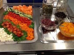 Salaattipöyt Jannika tapaan