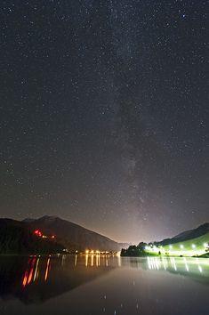 Milchstrasse über Davosersee / Sterne / Der Himmel / Galerie | Nies.ch Northern Lights, Sky, Nature, Travel, Light Pollution, Alps, Heavens, Stars, Heaven