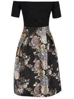 58f73c27f30c Černé šaty s lodičkovým výstřihem a květovanou sukní AX Paris