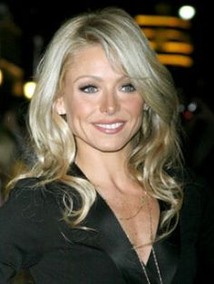 Top Beauties Who Are Famous Actresses, Singers, and Artists Wedding Hair Down, Wedding Hair And Makeup, Hair Makeup, Kelly Ripa Hair, Down Hairstyles, Wedding Hairstyles, Blonde Moments, Victoria Secret Outfits, Let Your Hair Down