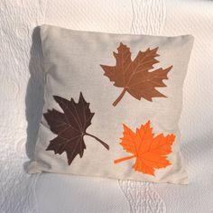 Feuilles d'érable coussin décoratif feuilles par AgaArtFactory