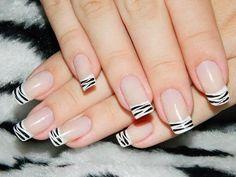 Juliana leite nail art unha decorada francesinha com zebra 11 Love Nails, Fun Nails, Pretty Nails, French Tip Nails, Stylish Nails, Nail Arts, Simple Nails, Manicure And Pedicure, Winter Nails