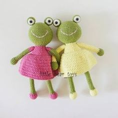 Leithygurumi: Little Bear Toys - Amigurumi Kurbağa Kız Türkçe Tarif - Amigurumi Frog Girl Free English Pattern Crochet Frog, Bag Crochet, Crochet Amigurumi Free Patterns, Crochet Basics, Crochet Dolls, Free Crochet, Crochet Baby, Frog Girl, Amigurumi Doll