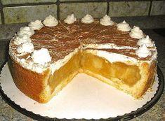 Beste Kuchen: Apfel torte mit Sahne und Zimt