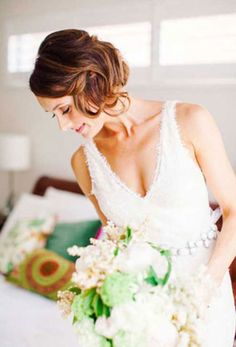 Matrimonio.it | #Acconciatura per la #sposa con i #capelli corti #wedding #hair #updo #short