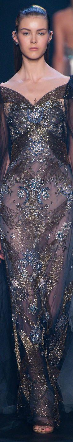 Marchesa Spring 2017 RTW More sparkly Fashion 2017, Runway Fashion, Fashion Show, Fashion Design, Gold Fashion, High Fashion, Gala Dresses, Nice Dresses, Evening Dresses
