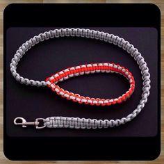 [Paracord] Dog Leash - Instructions Feat. on (the website) FusionKnots.com. #dogleash #leash #tiat #tyingitalltogether #zenolen #jdlenzen #paracord #bracelets #survivalcraft #makermade #book #zenolen #fusionknots #fusionties by zenolen