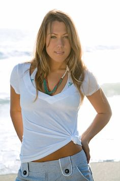 Colbie Caillat performing with Gavin Degraw at the Mountain Winery in Saratoga, CA on Wednesday, August 22nd Colbie Caillat Songs, Colbie Caillat Bubbly, Salt Lake City News, Tabernacle Choir, Gavin Degraw, Sing Me To Sleep, Pop Singers, To Youtube, Album Covers