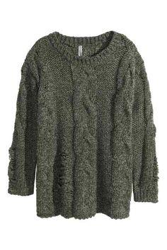 Sweter w warkocz