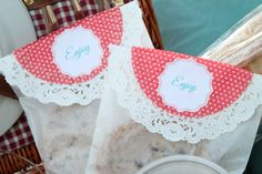 Google Image Result for http://www.ablissfulnest.com/wp-content/uploads/2012/08/A-Blissful-Nest-Picnic-Cookie-Bags.jpg