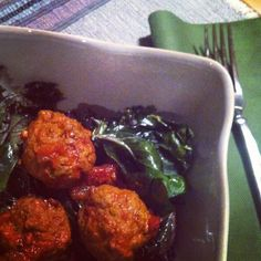 Moroccan Meatballs adapted from Well Fed. Paleo and tasty! Ground Lamb Recipes, Moroccan Meatballs, Paleo Life, Turkey Dishes, Grass Fed Beef, How To Eat Paleo, Elk, Tandoori Chicken, Paleo Recipes