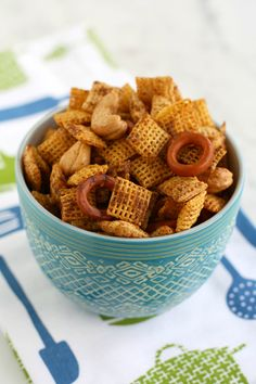 It's so easy to make chex mix gluten free and vegan! A snack everyone loves for special diets. #glutenfree #vegan