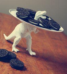 DIY Dinosaur Serving Dish, by Three Little Monkeys Studio