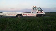 Când ai nevoie, noi spunem : prezent la datorie! În topul serviciilor noastre se claseaza tractarea autoturismelor avariate aflate atât în Oradea…