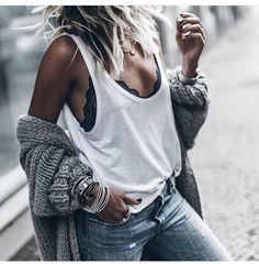 WEBSTA @ mikutas - Lace Love showing a hint of beautiful lingerie in my…casual style, street style, women clothes, moda mujer Mode Outfits, Fall Outfits, Fashion Outfits, Womens Fashion, Fashion Trends, Sexy Casual Outfits, Fashion Ideas, Fashion Clothes, Jeans Fashion