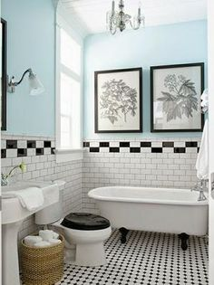 Picture taken from 'House of Turquoise'. Love the black and white tiles and with the blue it's so fresh and clean! House Of Turquoise, Murs Turquoise, Turquoise Walls, Turquoise Bathroom, Light Turquoise, Black White Bathrooms, White Bathroom Tiles, Bathroom Colors, Bathroom Flooring