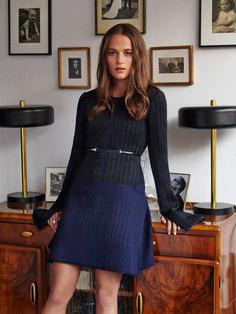 Beautiful Alicia Vikander Street Styles (39 Photos) https://www.fashionvevo.com/alicia-vikander/