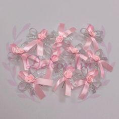 Svatební vývazky Velikost cca 7x5cm  Zhotovení v barvě na přání :) Ribbon, Tape, Band, Ribbon Hair Bows, Bows, Bow