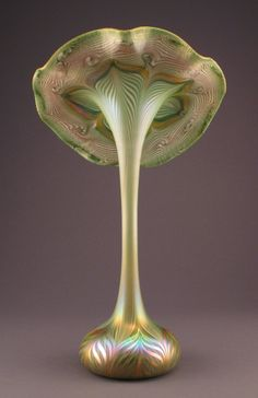 ** Quezal Art Glass and Decorating Company (1901-1924), Iridescent Glass Floriform Vase.