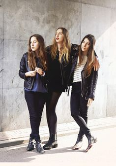 HAIM looks exactly like me in the 90's.