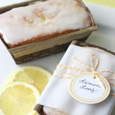 If you love lemons you MUST make this delicious Lemony Lemon Bread! Lemon Bread, Lemon Loaf, Lemon Recipes, Sweet Recipes, Yummy Recipes, Keto Postres, Just Desserts, Dessert Recipes, Lemony Lemon