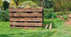 Die Kompost-Herstellung ist eigentlich kein Hexenwerk – dennoch gibt es einige Fallstricke, die man kennen sollte. So bekommen Sie die fünf häufigsten Kompost-Probleme in den Griff.