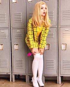 Clueless musical with Dove Cameron as Cher Pleated Mini Skirt, Mini Skirts, Dove Cameron Style, Look Girl, Loren Gray, Sabrina Carpenter, Beautiful Celebrities, Cute Girls, Cool Outfits