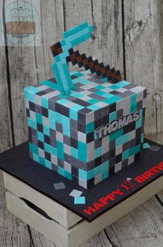 8 Minecraft Cube 4 Layers Of Chocolate Cake Filled With Dark