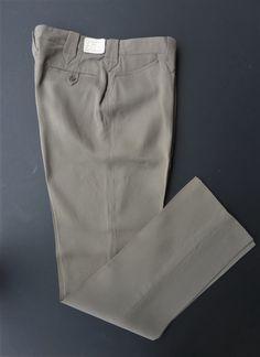 Vintage NOS Painted Desert men's western pants. Button loop closure back pockets. Vintage Western Wear, Painted Desert, Leg Cuffs, Dress Slacks, Westerns, 1950s, Cord, Sportswear, Khaki Pants