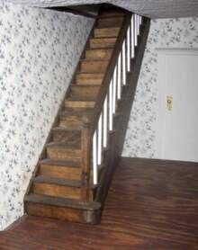 how to: dollhouse stairs