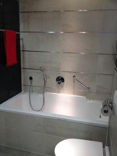 bathroom vertical metal detail