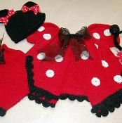 Minnie mouse inspired knit layette  - via @Craftsy