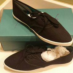 Blowfish Shoes Pointed two, lace up Blowfish shoes. Woman's size 10. New with tags never been worn. Blowfish Shoes Sneakers