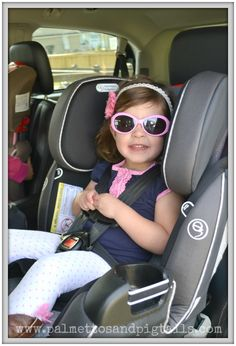 Riding in Style in her new Evenflo Symphony DXL Carseat!  Palmettos and Pigtails @Evenflo Company #EvenfloPlatinum