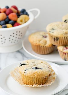 A #vegan vanilla berry muffin that's easy enough for kids to make! Get the #recipe now from Baked Bree.