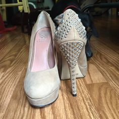 Vince Camuto Malaya Pumps Vince Camuto studded nude Malaya pumps. Only worn a couple times! Vince Camuto Shoes Heels